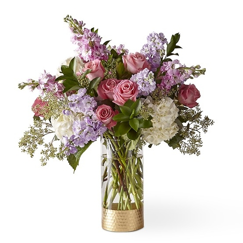 The FTD In the Gardens Luxury Bouquet